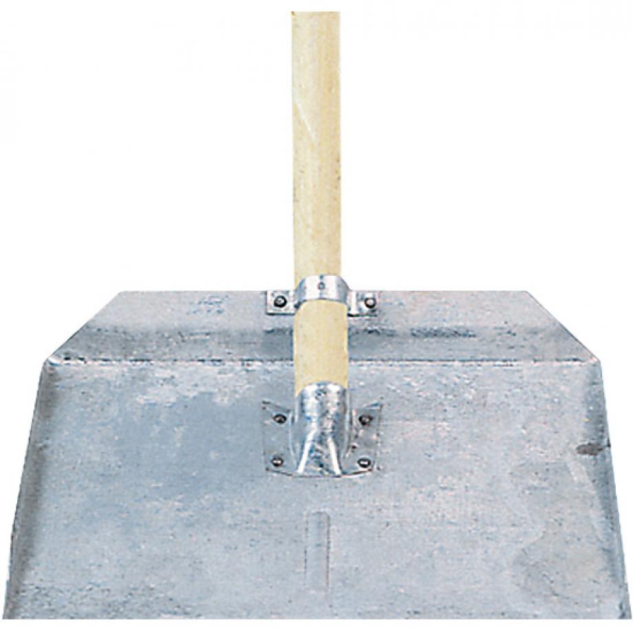 Снежную лопату своими руками
